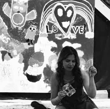 LOVE- Anza